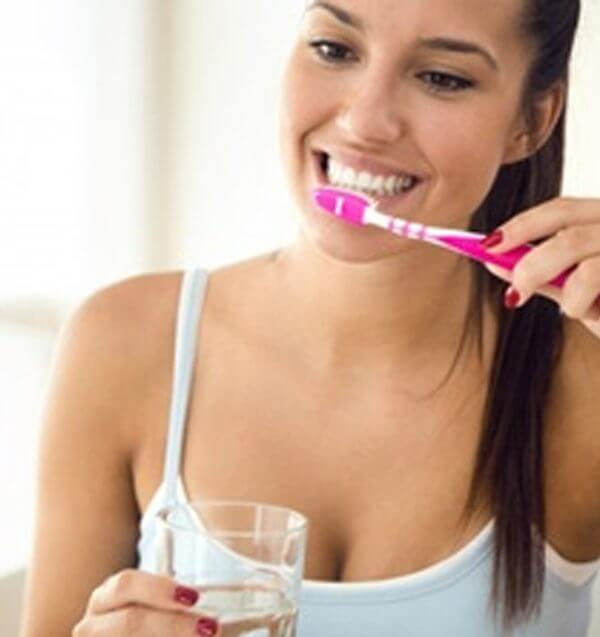 oral hygiene - Enhance your oral hygiene in four simple steps 600x637 - Oral Hygiene Enhance in Four Simple Steps